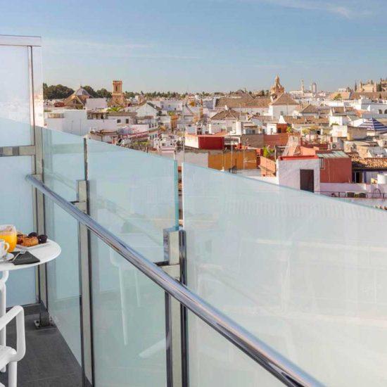 Seville_CataloniaGiralda_03